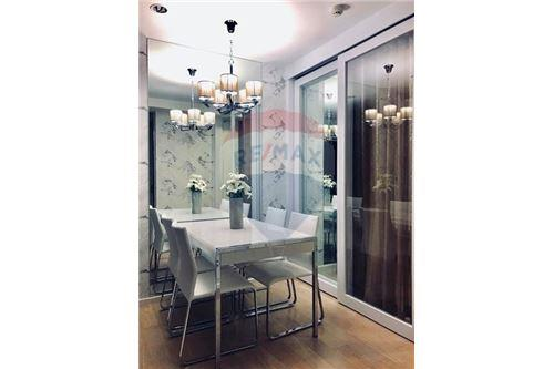 RE/MAX Properties Agency's RENT 15 Sukhumvit Residences 2BED 62SQM. 4