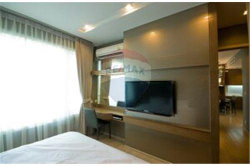 RE/MAX Executive Homes Agency's Lovely 2 Bedroom for Rent Siri @ Sukhumvit 3