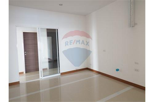 RE/MAX Properties Agency's RENT Supalai Prima Riva 4BED 355.55SQM. 22
