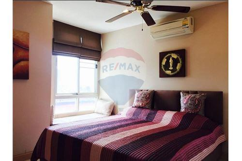 RE/MAX Executive Homes Agency's Tree Condo 52 Two-Bed full furnished for rent (BTS 4