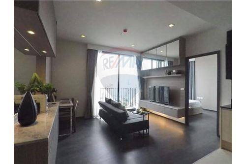 RE/MAX Executive Homes Agency's Beautiful 1 Bedroom for Rent Edge 23 1