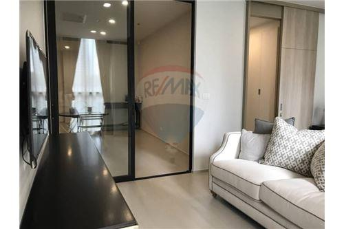 RE/MAX Properties Agency's 1 Bed for rent 50,000 baht/Month at Noble Ploenchi 2