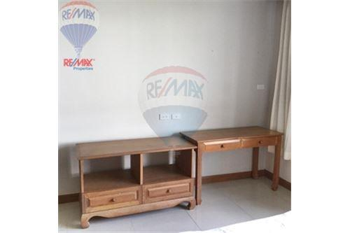 RE/MAX Properties Agency's FOR RENT  Baan Thirapa   3BED 190SQM 12
