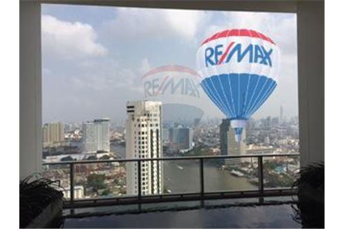 RE/MAX Properties Agency's FOR SALE  THE RIVER    2 BED 78SQM 28