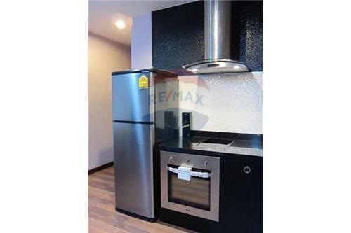 RE/MAX Executive Homes Agency's Nice 1 Bedroom for Sale Renova Residence 5