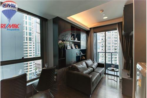 RE/MAX Properties Agency's FOR RENT The Lumpini 24 1BED 30SQM. 1