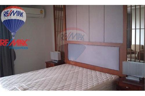RE/MAX Properties Agency's FOR RENT The Roof Garden On Nut 2BED 140SQM. 4