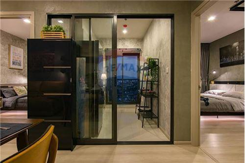 RE/MAX Executive Homes Agency's Life Sukhumvit 48 brand new condos for sale/rent 10