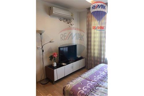 RE/MAX Properties Agency's Condo for Rent, Sukhumvit - Baan Siri Sukhumvit 10 5