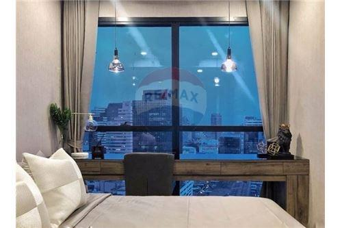 RE/MAX Properties Agency's RENT Condo Ashton Chula-Silom 2BED 55SQM. 5