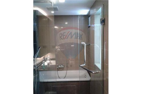 RE/MAX Executive Homes Agency's Nice 1 Bedroom for Sale Tidy Thonglor 4