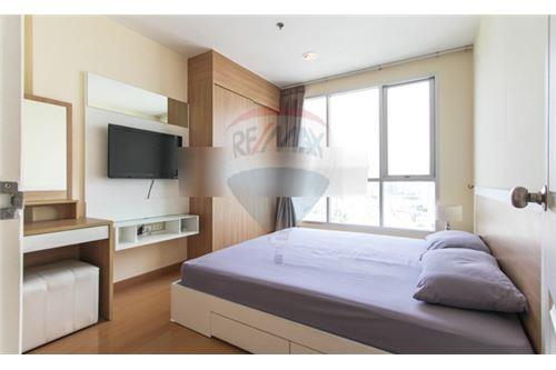 RE/MAX Executive Homes Agency's Nice 2 Bedroom for Rent Life Sukhumvit 65 3