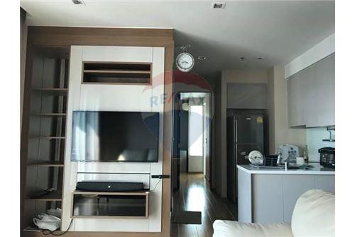 RE/MAX Executive Homes Agency's Nice 2 Bedroom for Rent Address Asoke 7