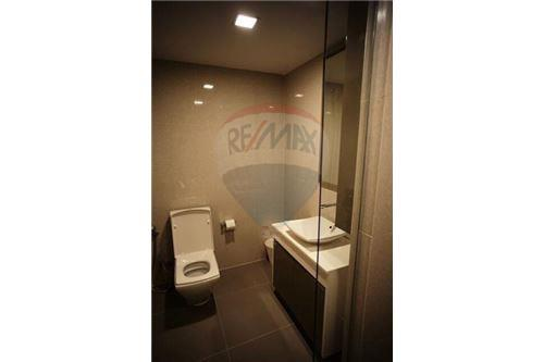 RE/MAX Properties Agency's 1 Bed for rent at Liv@49 10