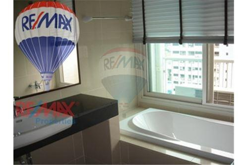 RE/MAX Properties Agency's FOR RENT NOBLE ORA 79 SQM 1 BED 8