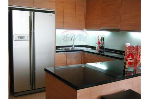 RE/MAX Executive Homes Agency's Apartment for rent  / 3 Bedrooms in Asoke Area 2