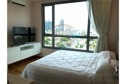RE/MAX Properties Agency's RENT H Sukhumvit 43 2BED 60SQM. 2