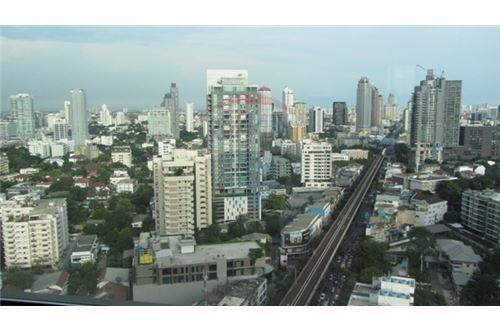 RE/MAX Properties Agency's The Address Sukhumvit 28, Condo for sale and rent 6