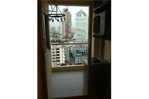RE/MAX Executive Homes Agency's 1 Bedroom for Rent at life @ Sukhumvit 65 3