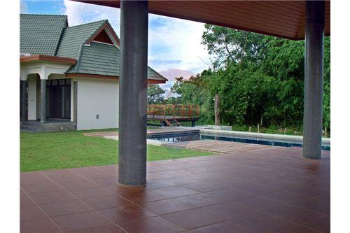 "RE/MAX Executive Homes Agency's ""Dok Bua"" 11.59 M in Baan Melanie plot G-7 34"