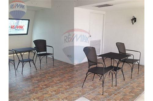 RE/MAX Properties Agency's FOR SALE RENOVA RESIDENCE CHIDLOM  2BED 105SQM 6
