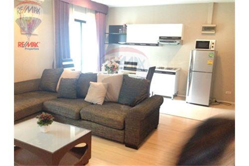 RE/MAX Properties Agency's FOR SALE  RENOVA RESIDENCE CHIDLOM  2BED 79.72SQM 2