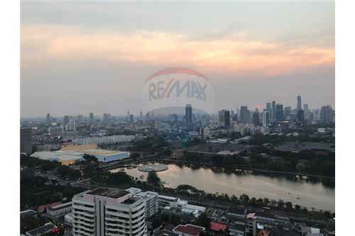 RE/MAX Properties Agency's FOR SALE MILLENNIUM RESIDENCE  3BED 193SQM 12