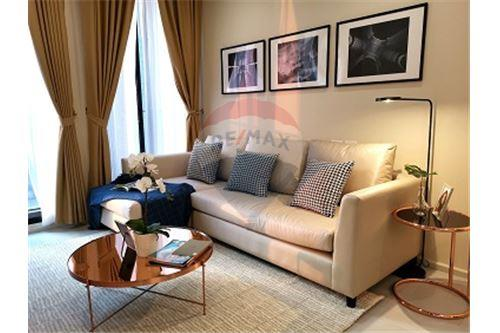 RE/MAX Executive Homes Agency's Noble Ploenchit for rent/sale 1