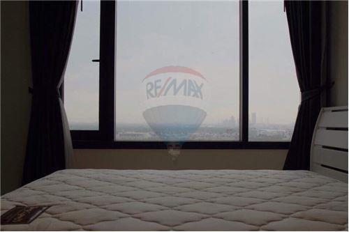 RE/MAX Properties Agency's For RENT 1 BEDROOM 55 SQM at Aguston Sukhumvit 22 3