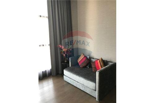 RE/MAX Executive Homes Agency's Spacious 1 Bedroom for Rent Diplomat Sathorn 1