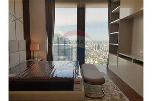 RE/MAX Properties Agency's RENT MahaNakhon Tower 2BED 124SQM. 6