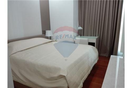 RE/MAX Executive Homes Agency's Q Langsuan / 2 Bedrooms / For Rent / 65K 4