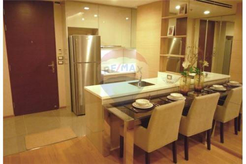 RE/MAX Executive Homes Agency's Spacious 1 Bedroom for Rent The Address Asoke 3