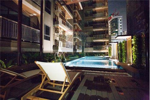 RE/MAX Executive Homes Agency's One Bedroom For Sale At Mirage Sukhumvit 27 7