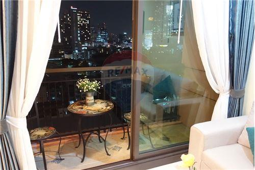 RE/MAX Properties Agency's RENT Aguston Sukhumvit 22 1BED 55SQM. 2