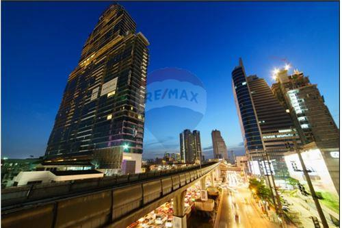 RE/MAX Executive Homes Agency's The Bangkok Sathorn - 1 bed Luxury Apartment 4