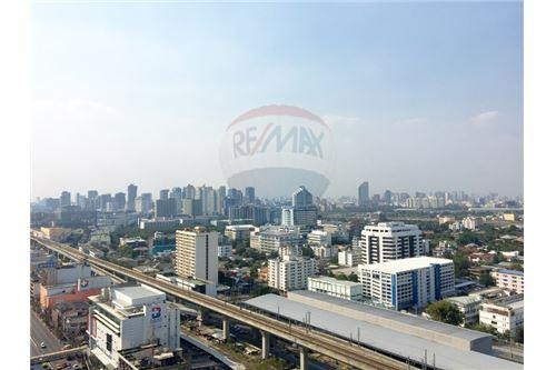 RE/MAX Executive Homes Agency's Beautiful 2 Bedroom for Rent The Capital 7
