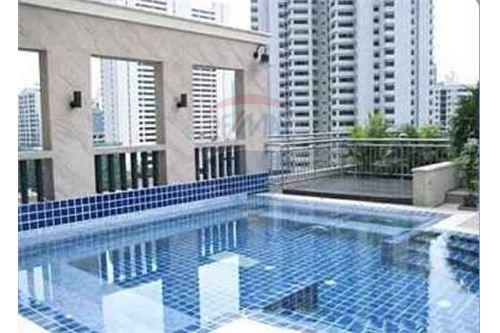 RE/MAX Properties Agency's 2bed Sukhumvit City Resort 13