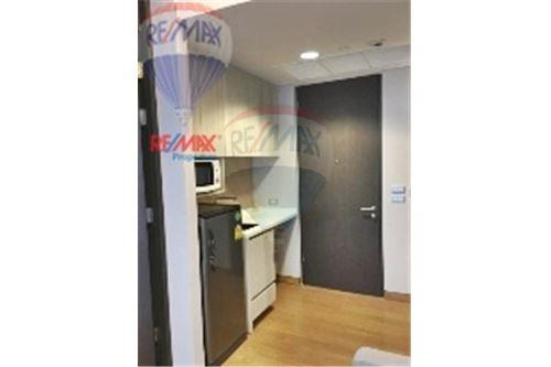 RE/MAX Properties Agency's Condo for  Rent The Lumpini 24 7