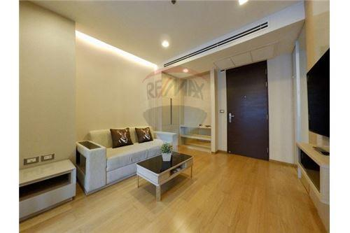 RE/MAX Executive Homes Agency's Beautiful 1 Bedroom for Rent Address Asoke 1