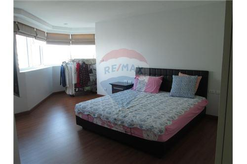 RE/MAX Properties Agency's President Park 3 Bedroom for RENT! 8