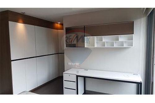 RE/MAX Executive Homes Agency's Nice 4 Bedroom for Sale Parklane Ekamai 22 2