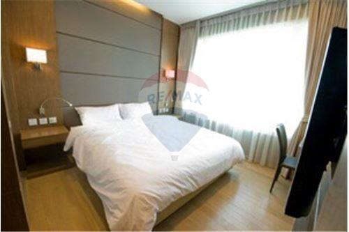 RE/MAX Executive Homes Agency's Lovely 2 Bedroom for Rent Siri @ Sukhumvit 6