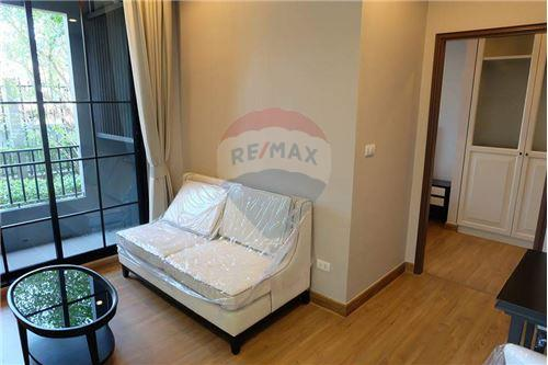 RE/MAX Executive Homes Agency's Nice 1 Bedroom for Sale The Reserve Kasemsan 3 1