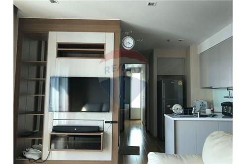 RE/MAX Executive Homes Agency's Q Asoke for Sale/Rent - 50m to MRT Petchaburi 6
