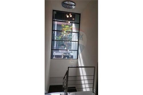 RE/MAX Executive Homes Agency's Nice 4 Bedroom for Sale Parklane Ekamai 22 5