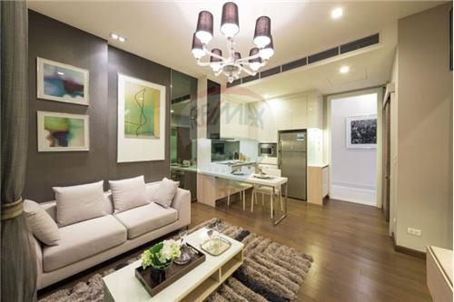 RE/MAX Executive Homes Agency's Q Asoke for sale 2 bedroom 60 sqm, 5