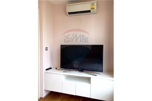 RE/MAX Properties Agency's RENT H Sukhumvit 43 2BED 60SQM. 5