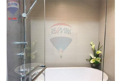 RE/MAX Properties Agency's FOR SALE  MILLENNIUM RESIDENCE  1BED 68SQM 10