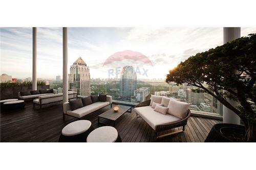 RE/MAX Executive Homes Agency's Spacious 1 Bedroom for Rent Saladaeng Residences 7